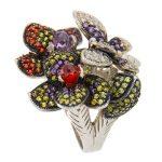 Anillo de plata con flores y mariposa de Tabata Morgana