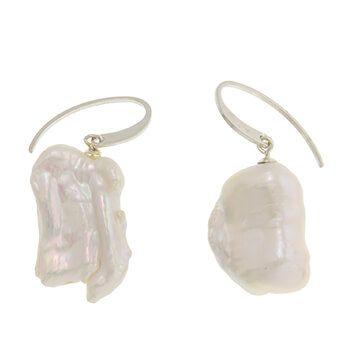 Pendientes de perlas keshi y plata de Tabata Morgana