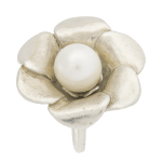 Anillo de plata flor con perla de Tabata Morgana