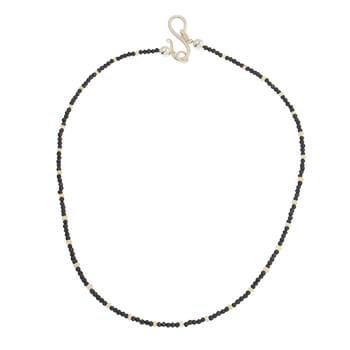 Collar corto de plata con Espinelas y opalos de Tabata Morgana